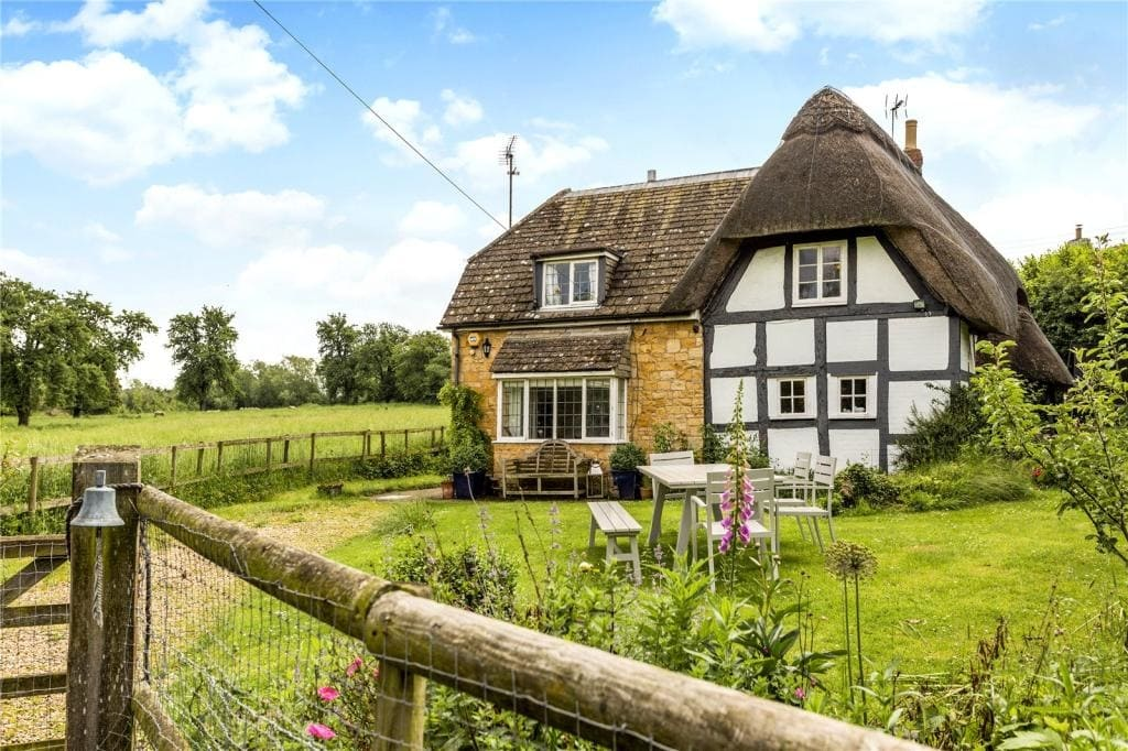 six lovely country cottages property blog rh rightmove co uk pictures of country cottages pictures of country cottages uk