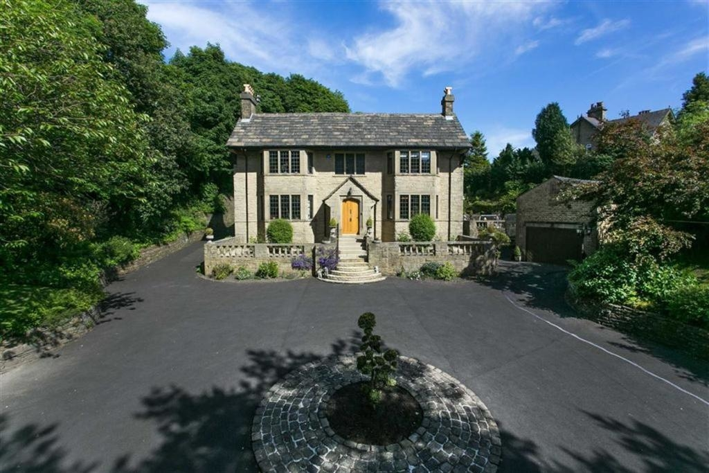 Four Spookiest Homes Listed For Sale Property Blog