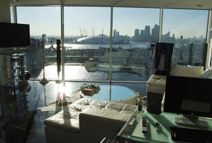 Royal Victoria Dock - £600,000