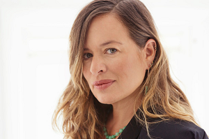 Live like the like rich and famous in Jade Jagger's former home