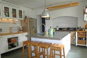 Explore these flippin' amazing pancake-inspired homes!