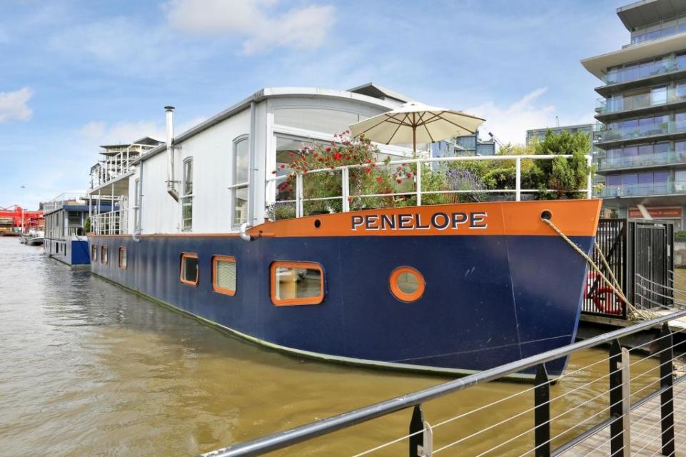 Six Incredible Houseboats For Sale Property Blog